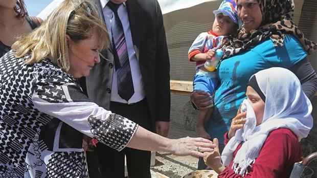 la direccion de inteligencia criminal analiza a los nuevos refugiados sirios